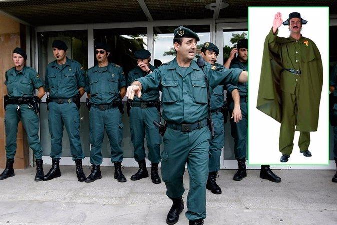 Se podrá disfrazarse de Guardia Cívil, eso sí, no con el uniforme