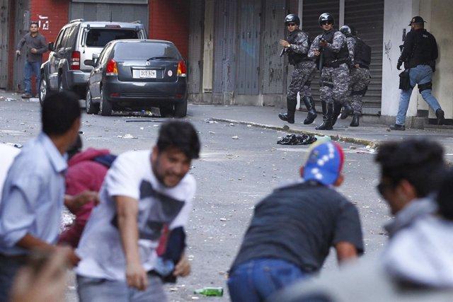 Disturbios en la manifestación de Caracas