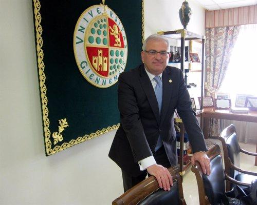 El rector de la Universidad de Jaén (UJA),  Manuel Parras Rosa.
