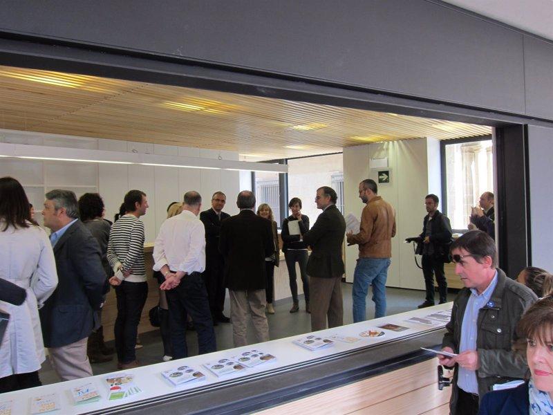 pamplona abre su nueva oficina de turismo con car cter