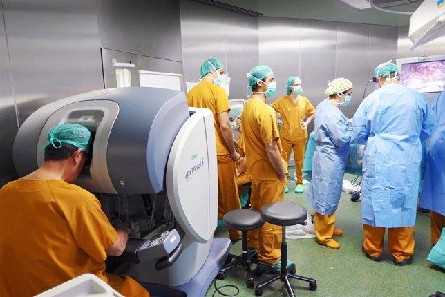 Nueva cirugía robótica contra la obesidad mórbida