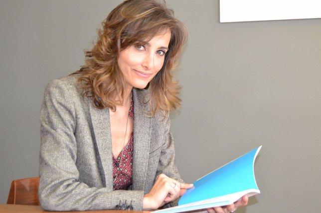 La médico Magda Carlas, autora de 'Más claro que el agua'