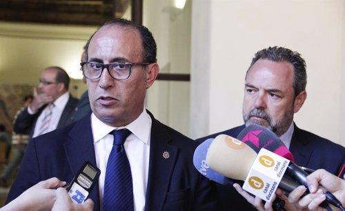 Delegado de Melilla aboga por concienciar de la inmigración