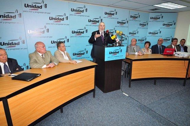 Líderes de la Mesa de Unidad Democrática (MUD)