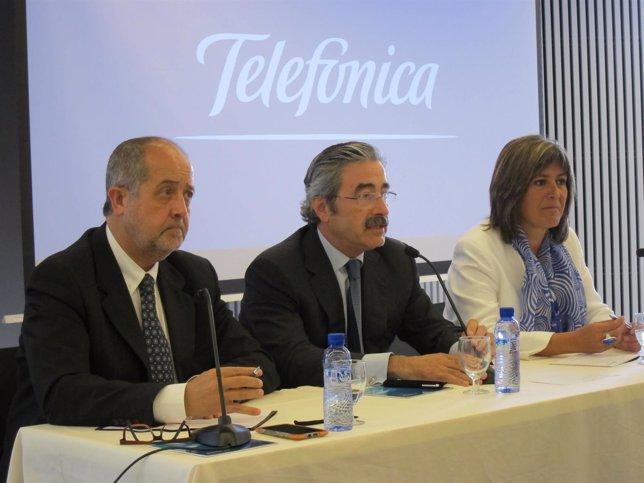 Telef nica abrir en l 39 hospitalet su cuarto 39 call center for Oficinas liberbank barcelona