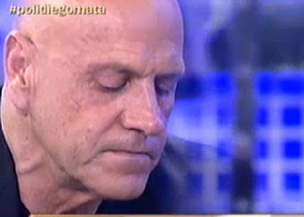 Kiko matamoros derrumbado y fuera de espa a despu s de for Telecinco fuera de espana