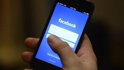 Facebook en móvil