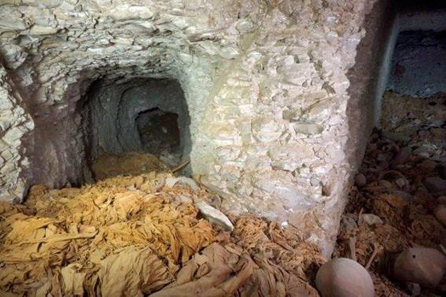 Hallan una tumba de la dinastía IX