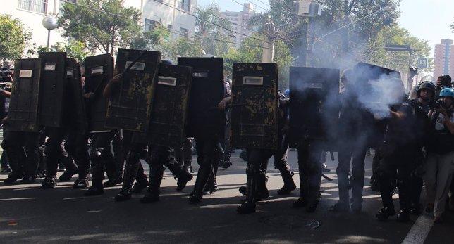 La policía militar brasileña en las protestas contra el Mundial.