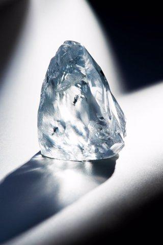 El diamante azul de 122,52 quilates podría convertirse en el más caro del mundo.