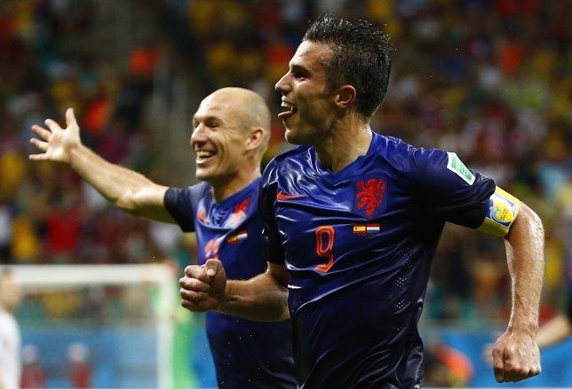 Van Persie y Robben con Holanda