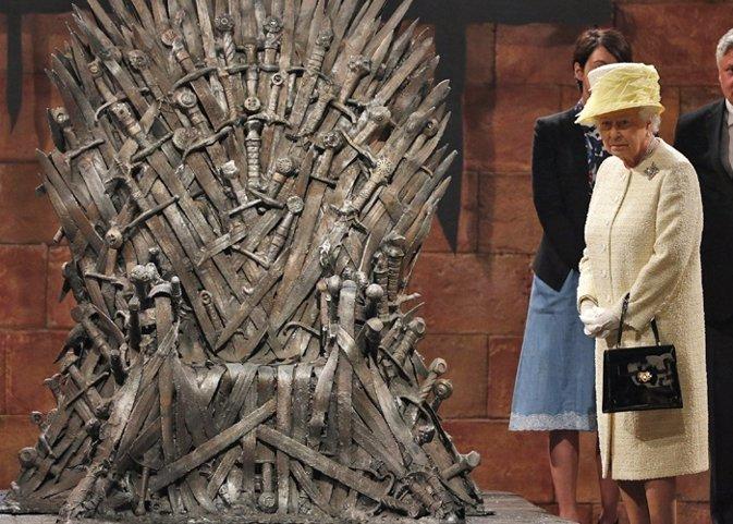 La reina isabel ii la pr xima en conquistar el trono de - Trono de hierro ...