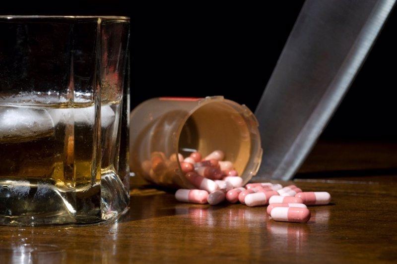 Los indicios de la dependencia femenina alcohólica