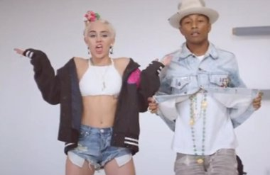 Foto: Pharrell Williams estrena videoclip con Miley Cyrus (SONY MUSIC)