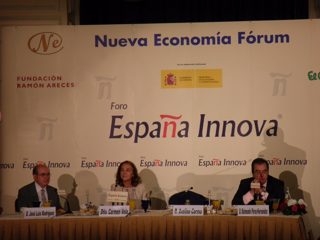 La secretaria de Estado de I+D+i, Carmen Vela, durante el desayuno informativo
