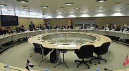 Foto: Hacienda y las CCAA debatirán este jueves el copago por asistencia en las consultas médicas y el pago por las recetas (EUROPA PRESS)