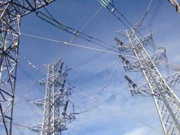 Foto: La punta de consumo eléctrico en julio y agosto es la más baja de los últimos cuatro años (EUROPA PRESS)