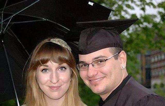 Foto: Un hombre finge su propia muerte para no casarse con su novia ( ALEX LANCHESTER Y TUCKER BLANDFORD)