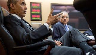 El Fiscal General dels EUA es reuneix a Ferguson amb la família de Michael Brown