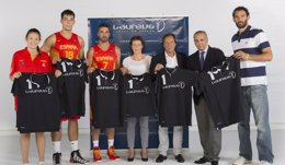 Foto: Las selecciones españolas masculina y femenina, nombradas embajadoras de la Fundación Laureus España (ALBERTO NEVADO)
