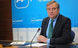 """Foto: El PP castellanomanchego cree que PSOE plantea la reforma de la Constitución """"para que no todas las CCAA sean iguales"""" (EUROPA PRESS)"""