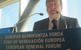 """Foto: Ortuzar (PNV) dice que quemar autobuses hace un """"flaco favor"""" al reconocimiento de los derechos de los presos de ETA (EUROPA PRESS)"""