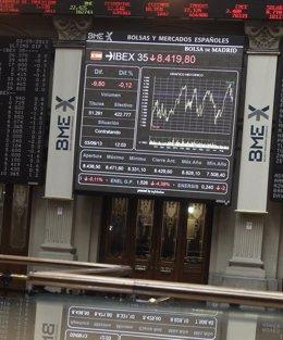Foto: Economía/Bolsa.- El Ibex sube un 0,2% en la apertura y se lanza a por los 10.600 puntos (EUROPA PRESS)