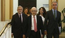 Foto: El PP pide a Montoro que acuda al Congreso a hablar de avances en la lucha contra el fraude fiscal (EUROPA PRESS)