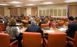 Foto: El PSOE registra en el Congreso 24 peticiones de comparecencia de Rajoy, la vicepresidenta y once ministros (CONGRESO)