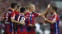 Foto: El Bayern tira de Robben y sufre en su estreno (REUTERS)