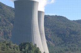 Foto: EUPV pide el cierre de la central nuclear de Cofrentes (Valencia) (EUROPA PRESS)