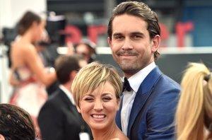 Foto: Kaley Cuoco y Ryan Sweeting amorosos, acallando los rumores de divorcio (GETTY)