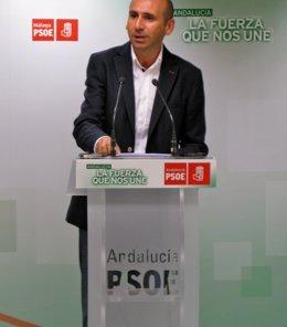 """Foto: El PSOE andaluz exige a Soria """"un compromiso por escrito y vinculante"""" de que no habrá prospecciones de gas en Málaga (EUROPA PRESS)"""