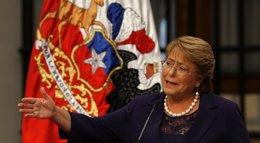 Foto: Bachelet afirma que la economía se normalizará en 2016 en Chile (REUTERS)
