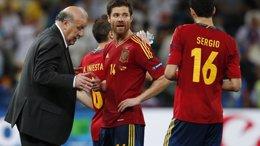 Foto: (Perfil) Xabi Alonso, el guardaespaldas elegante (REUTERS)