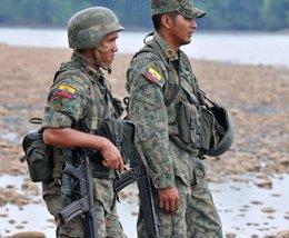 Foto: Ecuador cerrará cerca del 50 por ciento de sus instalaciones militares en el país (Reuters)