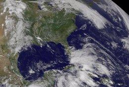 Foto: El huracán 'Cristóbal' se convertirá en ciclón extratropical el viernes por la noche (REUTERS)