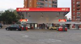 Foto: Gasolina y gasóleo se abaratan un 0,5% coincidiendo con la operación retorno de agosto (EUROPA PRESS)
