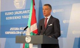 """Foto: El Gobierno vasco, dispuesto a asistir a """"cuantas reuniones sean necesarias"""" para mantener el pacto con el PSE (EUROPA PRESS)"""