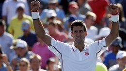 Foto: Djokovic sigue con paso firme y ya está en tercera ronda del US Open (REUTERS)