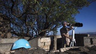 Los 75 soldados filipinos atrapados en el Golán se niegan a entregar sus armas a los rebeldes sirios