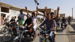Foto: El violento avance del Estado Islámico desata el miedo entre los leales a Al Assad (REUTERS)