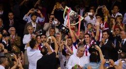 Foto: El Atlético recoge su décima Liga (LEONARDO MORALI)