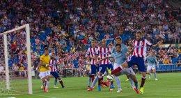 Foto: El Atlético, a ritmo de balón parado (LEONARDO MORALI)