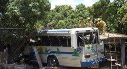 Foto: Un accidente de un autobús turístico deja 9 muertos en Bolivia (REUTERS)