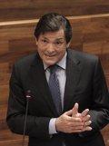 Foto: Javier Fernández espresa les sos duldes sobre la sostenibilidá de la recuperación económica (ARMANDO ALVAREZ)