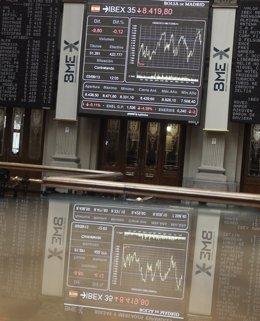 Foto: La Bolsa española negoció en agosto 44.196 millones, un 22% más (EUROPA PRESS)