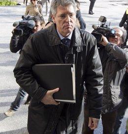 """Foto: El juez acusa a Monteagudo de """"negligencia"""" y dice que la Policía tuvo actitud """"contemplativa"""" ante el botellón (EUROPA PRESS)"""
