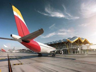 Foto: Iberia prevé transportar a Montevideo 2.300 pasajeros a la semana con la reanudación de la ruta (IBERIA)