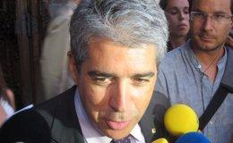 """Foto: Consulta.- Mas reúne a los altos cargos del Govern y les transmite """"moral de victoria"""" (EUROPA PRESS)"""
